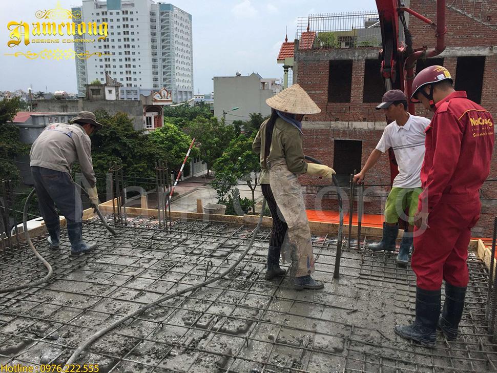 đổ bê tông thi công khách sạn