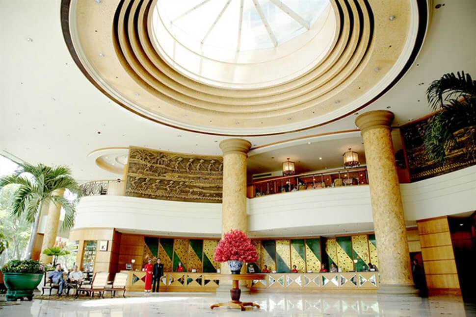 khách sạn sòng bài New world